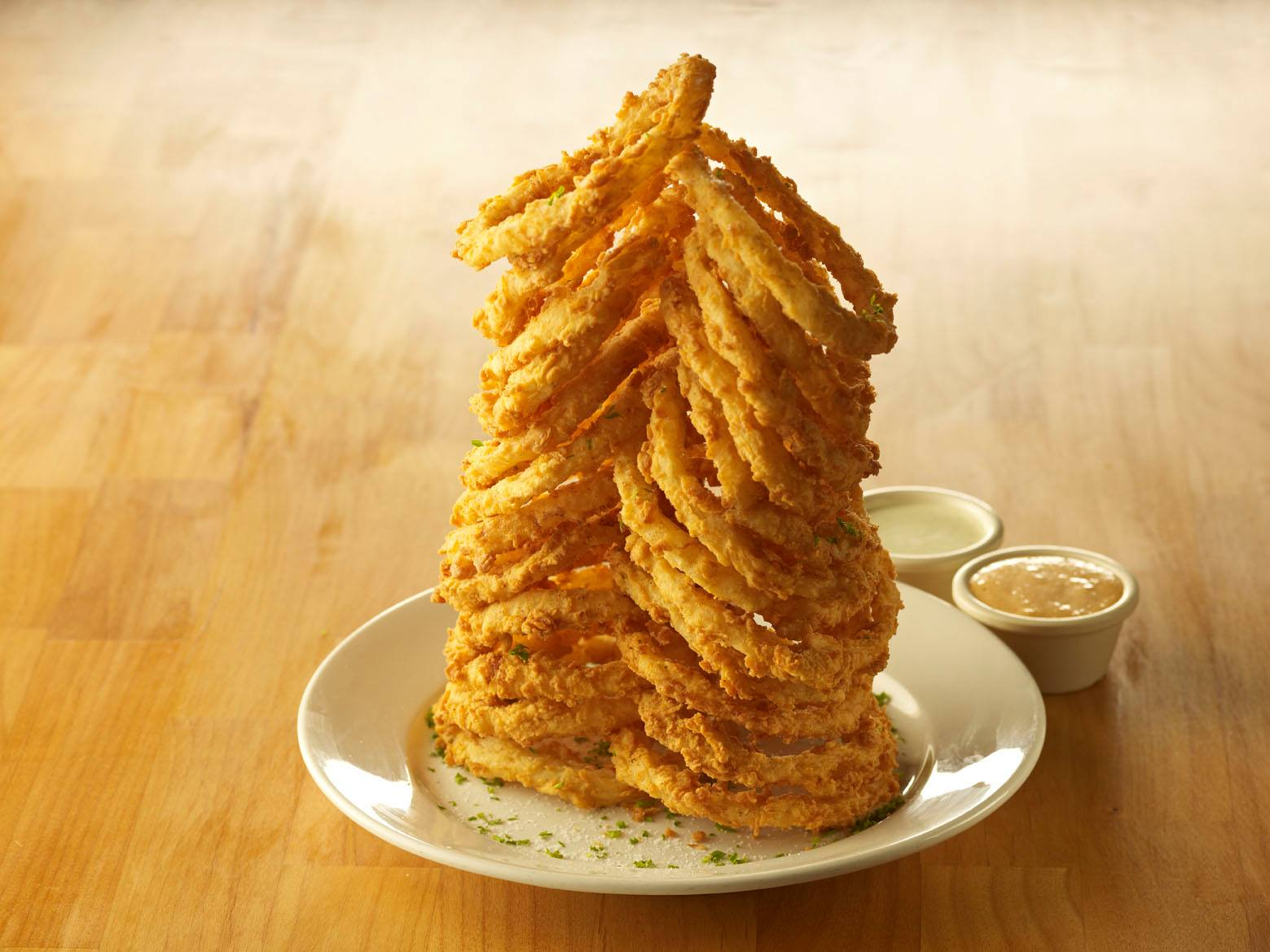 Cheddar S Scratch Kitchen Homemade Onion Rings